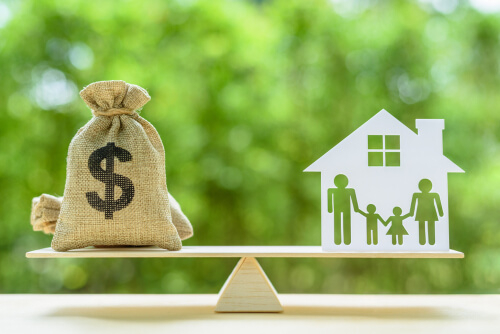 Can I Refinance Without Closing Costs?